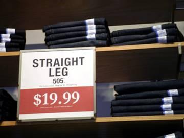 Levi's的牛仔裤,19.99美元一条