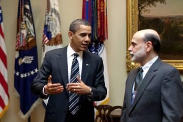 伯南克与奥巴马总统在白宫交谈  (照片:白宫)