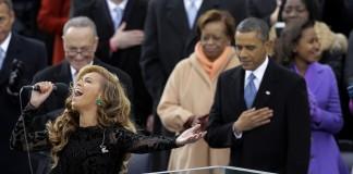 """Beyoncé Knowles canta el himno a la bandera """"The Star Spangled Banner"""""""