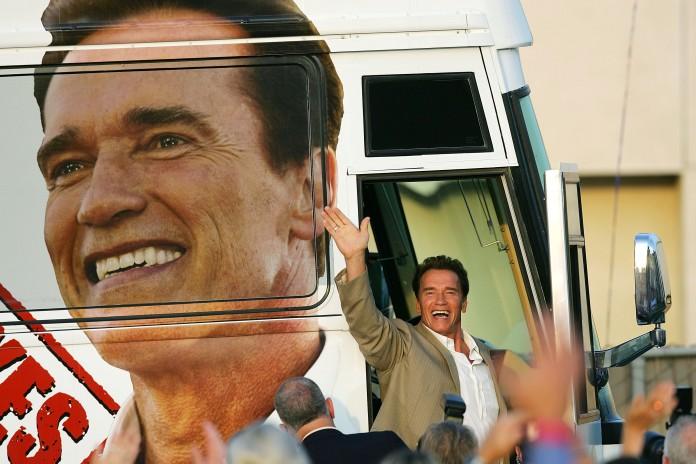 El gobernador Arnold Schwarzenegger