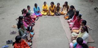 """""""سيدات المعلومات"""" في بنغلادش"""