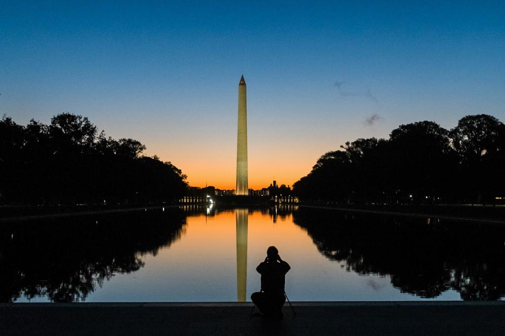 Washington Monument at sunrise (AP Images)