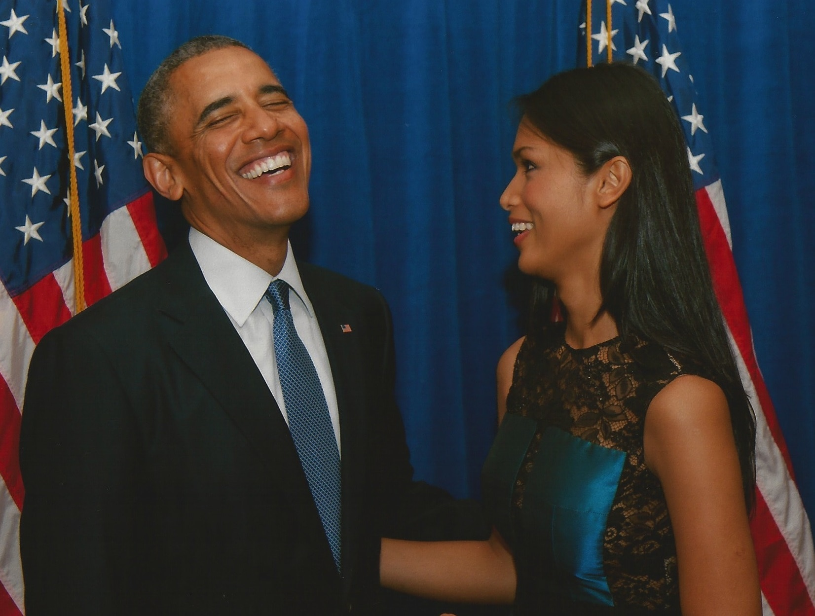 Le président Obama et Geena Rocero en train d'échanger des plaisanteries (Avec l'aimable autorisation de Geena Rocero)