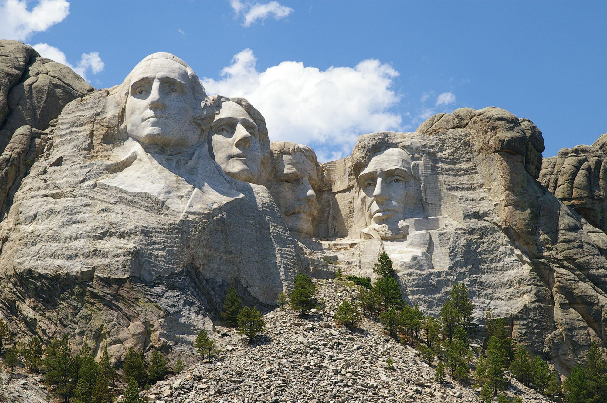 拉什莫尔总统山(AP Images)