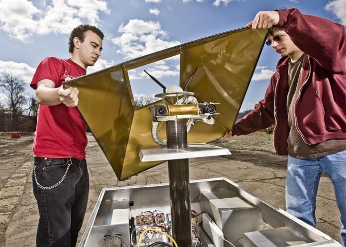 Competidores de la Universidad Carnegie Mellon para el premio Lunar-XPrize (Foto cedida por Bill Cramer/Wonderful Machine)