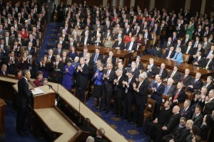 مخاطبان رئیس جمهوری شامل نمایندگان سنا، نمایندگان مجلس، قضات دیوان عالی کشور و دیپلمات های خارجی بود. (عکس از آسوشیتدپرس)