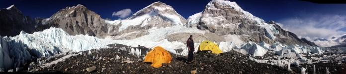 伊丽娜·阿尔索娃在攀登珠穆朗玛峰时的营地(图片由Ilina Arsova提供)