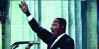 Mural with Martin Luther King Jr. speaking (© Camilo Vergara)