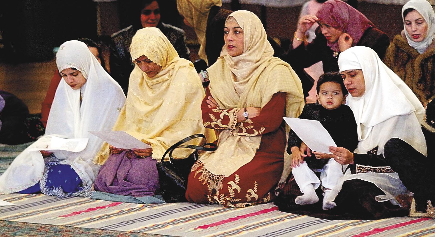 Des musulmanes en train de prier © AP Images