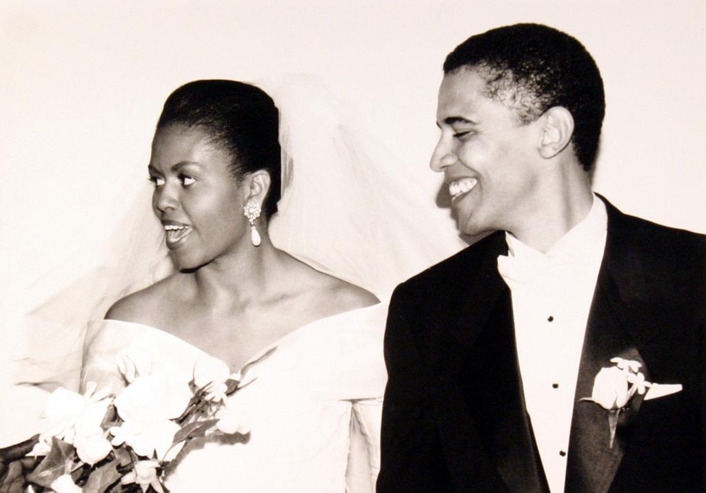 Michelle and Barack Obama on their wedding day (@FLOTUS Twitter)