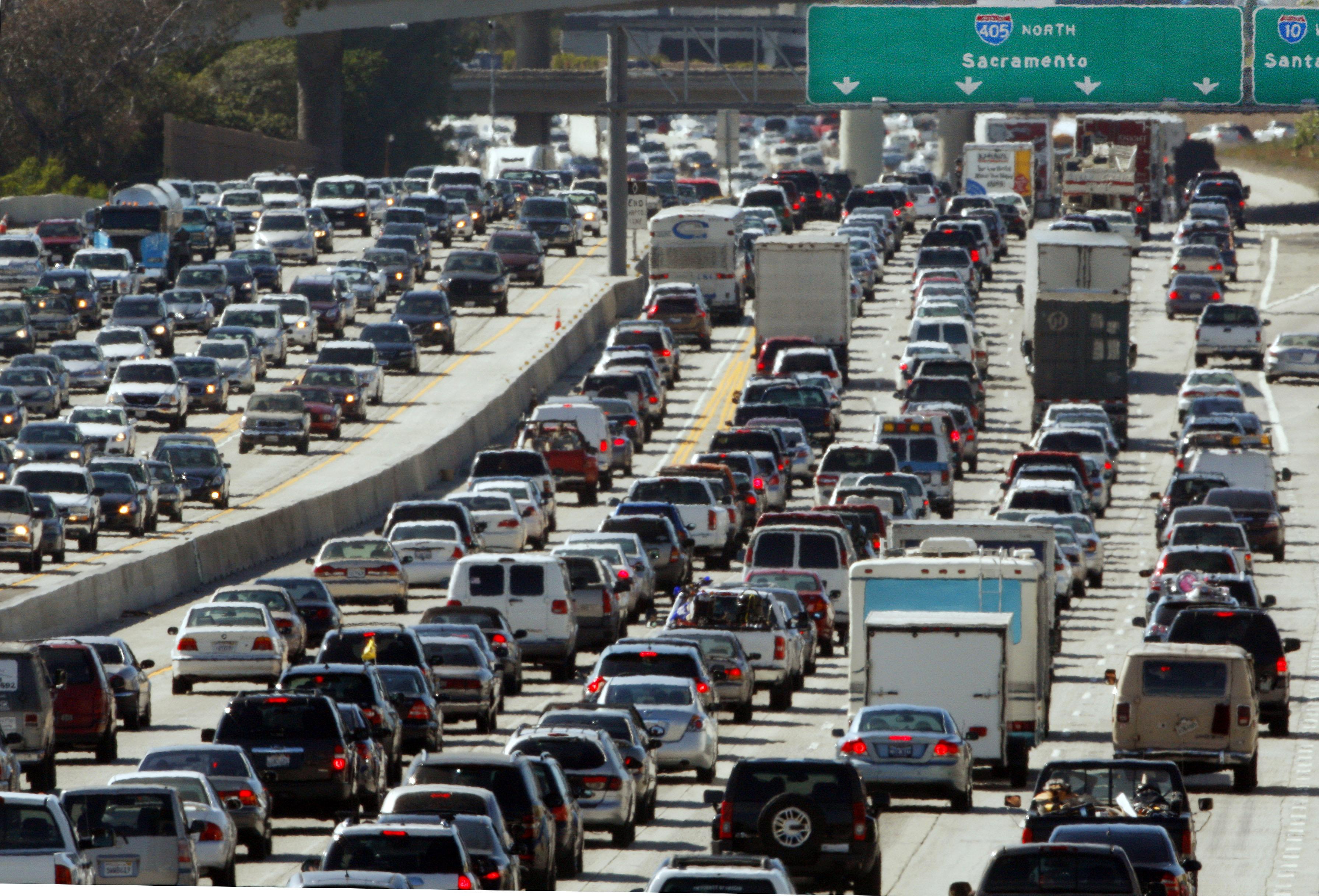 Embouteillage sur une autoroute américaine (© AP Images)