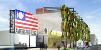 Des plantes cultivées dans des conteneurs fixés sur une surface verticale, et un drapeau américain avec une assiette et des couverts à la place des étoiiles (© AP Images)