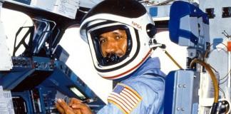 چارلز بولدن، مدیر ناسا در فضاپیمای کلمبیا (ناسا)