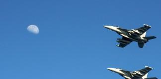 Dos aviones de guerra de Estados Unidos en vuelo (DOD)