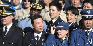 افسران پلیس از کشورهای گوناگون در یونیفورم (عکس از آسوشیتدپرس)