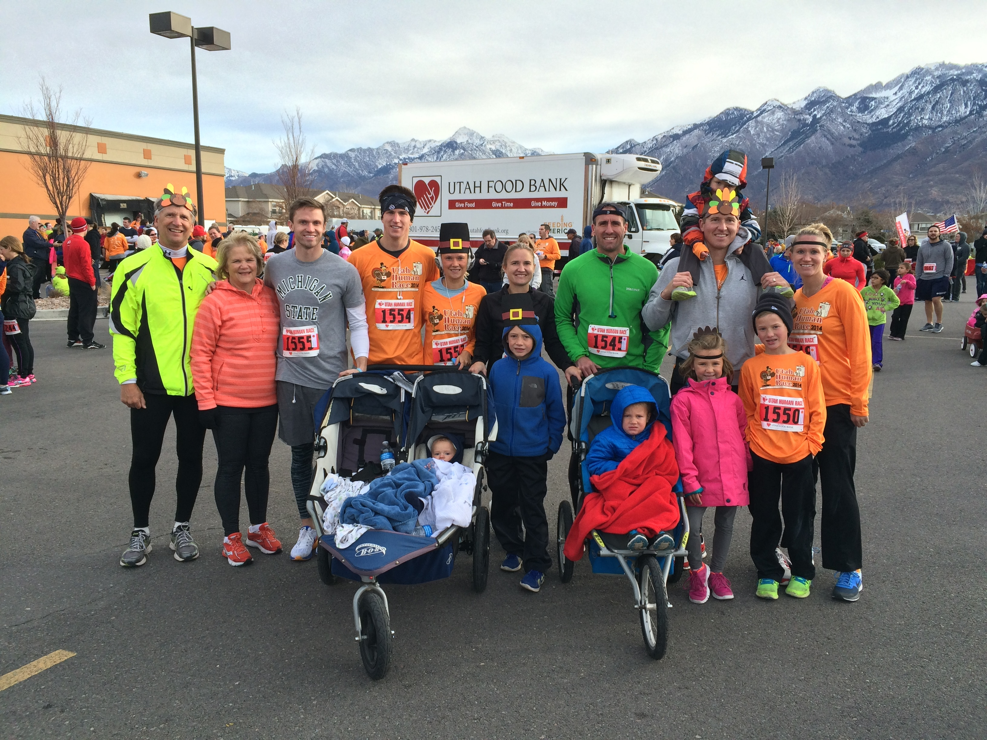 People posing wearing running clothing (Courtesy of Utah Food Bank)