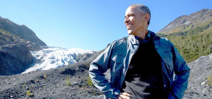 پرزیدنت اوباما در منظره ای کوهستانی و یخی (کاخ سفید/پیت سوزا)
