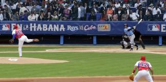Барак Обама и Рауль Кастро(AP Photo/Ramon Espinosa)