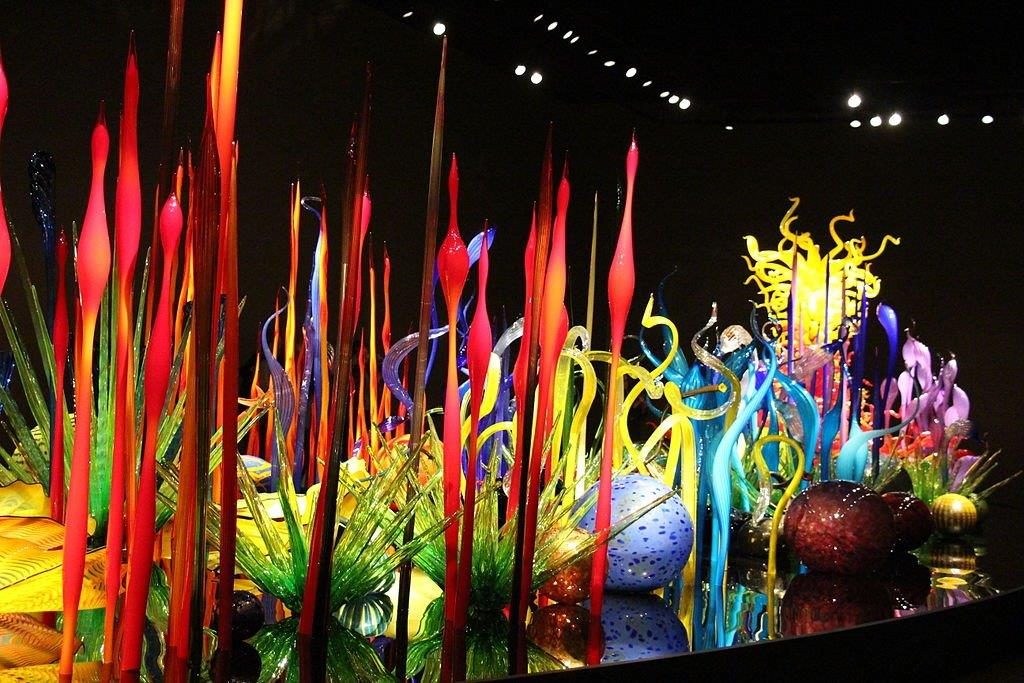Colorful glass sculptures (Jllm06/Creative Commons)