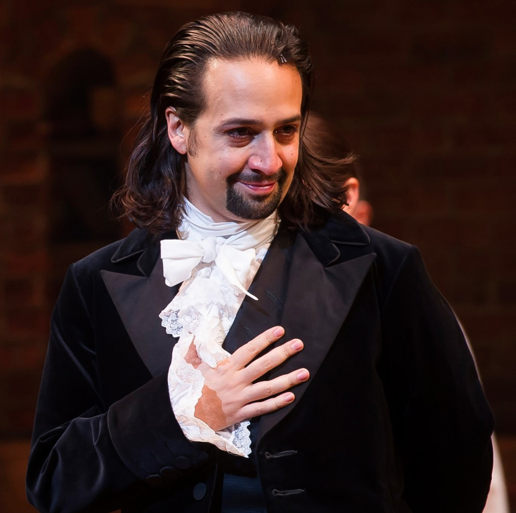 Actor Lin-Manuel Miranda dressed in early American period costume (© AP Images)