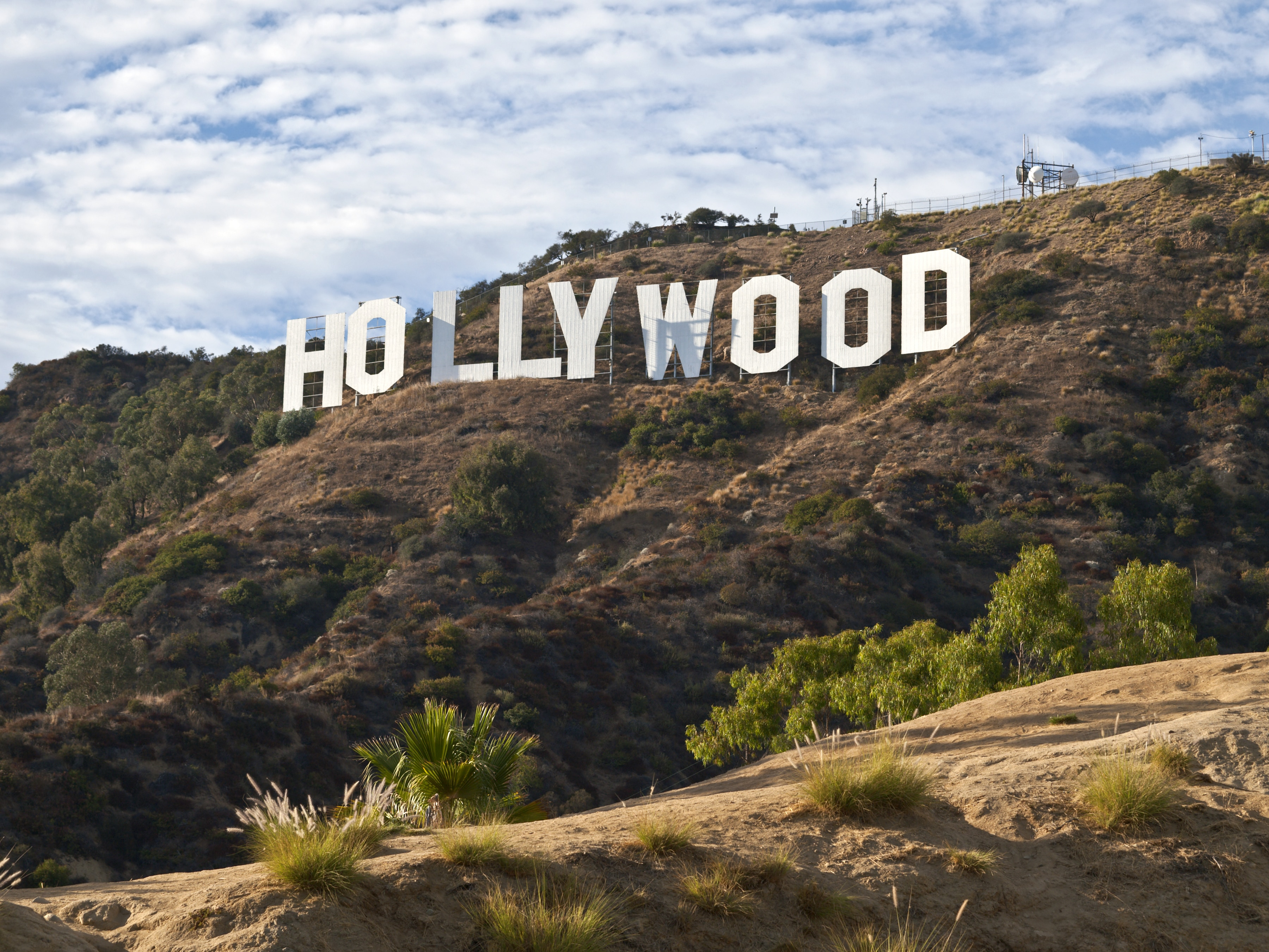 Hollywood sign in the hills of Los Angeles (Thinkstock)