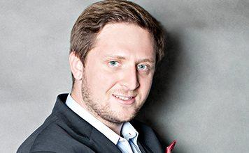 Mr. Paweł Nowicki