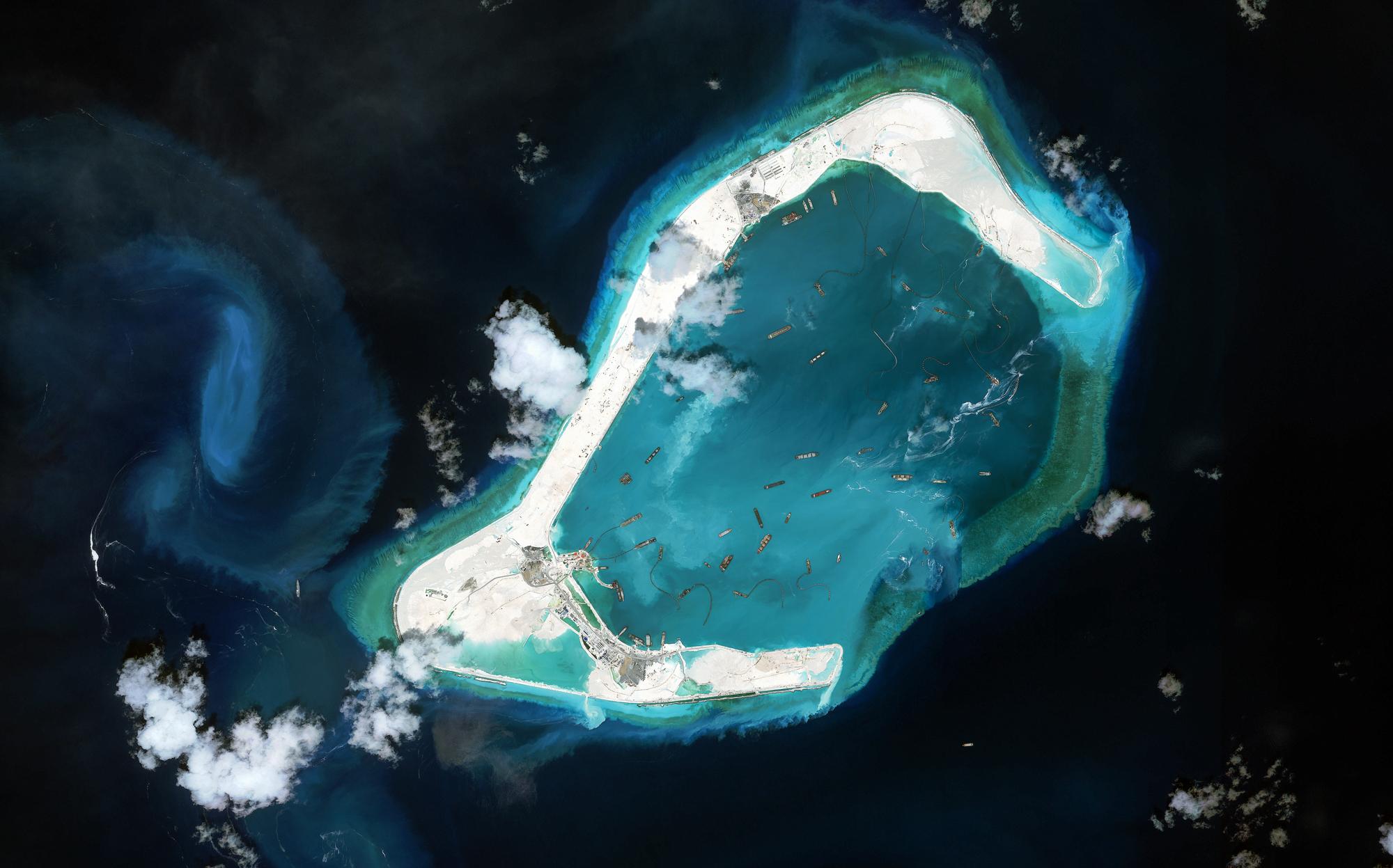 Satellite image of circular reef (CSIS Asia Maritime Transparency Initiative/DigitalGlobe)