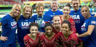 تیم ژیمناستیک آمریکا در عکس گروهی (عکس از آسوشیتدپرس)