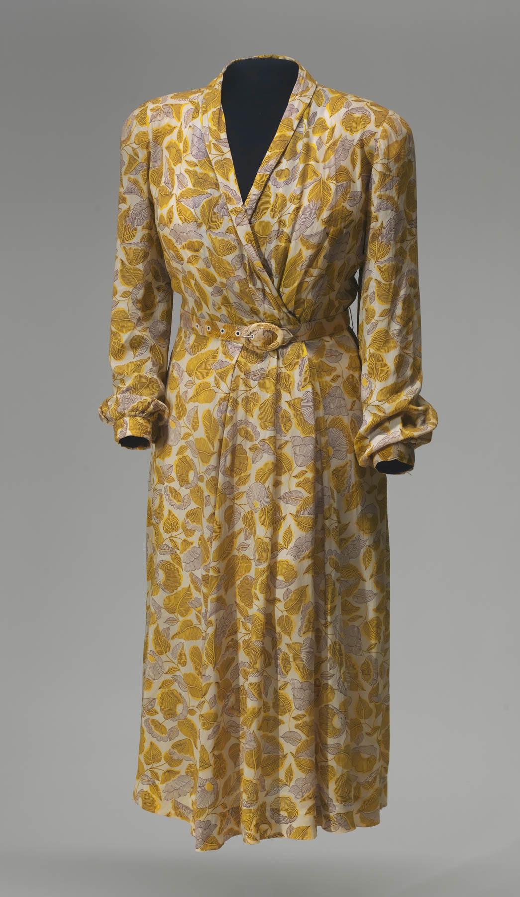Vestido con flores amarillas (© Alex Jamison/Instituto Smithsoniano)