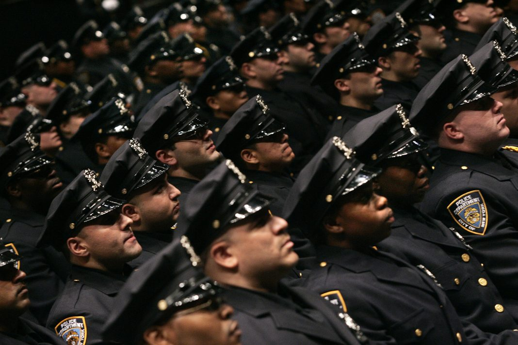Полицейские Нью-Йорка (AP Photo/Shiho Fukada, File)