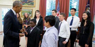 Reunión del presidente Obama con científicos estudiantes (La Casa Blanca)