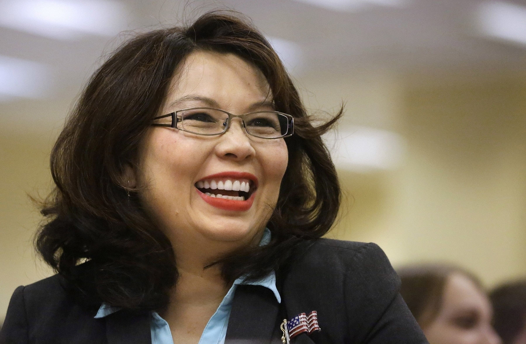 Close-up of Tammy Duckworth (© AP Images)