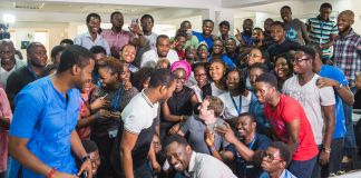 Large group of people posing for photo (Courtesy of Andela)