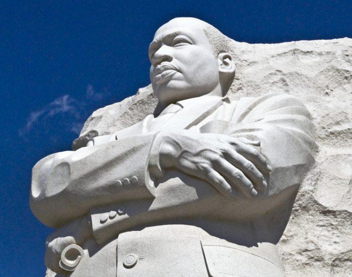 Estátua do Memorial a Martin Luther King (Depto. de Estado)