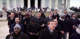 Певцы у мемориала Линкольна (Courtesy photo)
