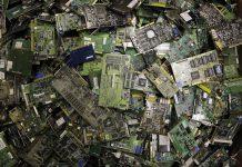 Electronic waste (© AP Images)
