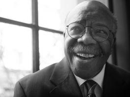 Le pasteur Elbert Ransom, souriant (Département d'État/D.A. Peterson)