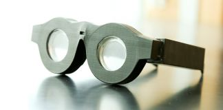 Smart glasses (Dan Hixson/University of Utah College of Engineering)