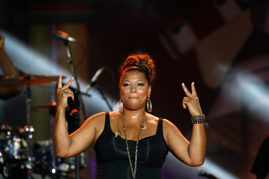 奎恩·拉蒂法(Queen Latifah) 在舞台上演出。(© AP Images)