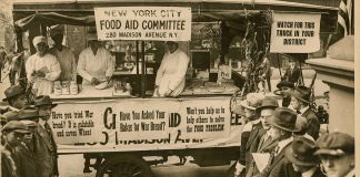 Black-and-white photo of food wagon (Library of Congress)