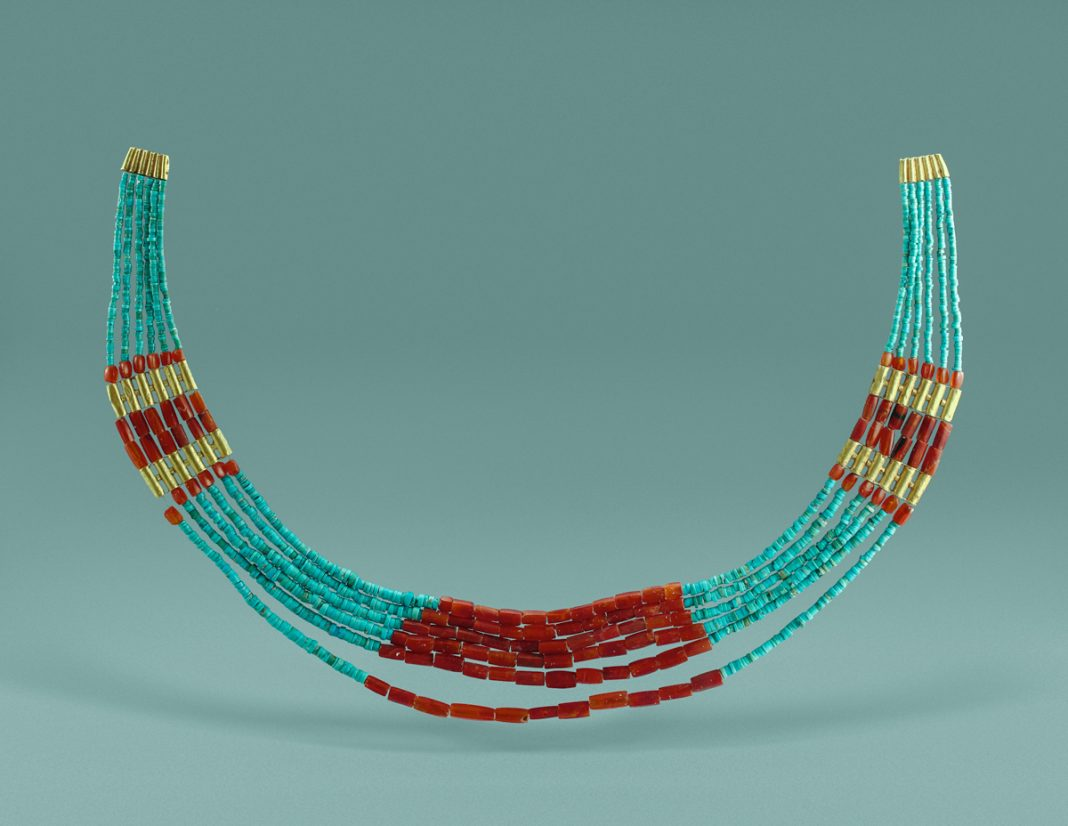 Crescent-shaped ornament made of strings of beads (Courtesy of Gansu Provincial Institute of Cultural Relics and Archaeology, Lanzhou)