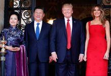 Peng Liyuan, Xi Jinping, Donald Trump e Melania Trump posam para uma foto © AP Images)