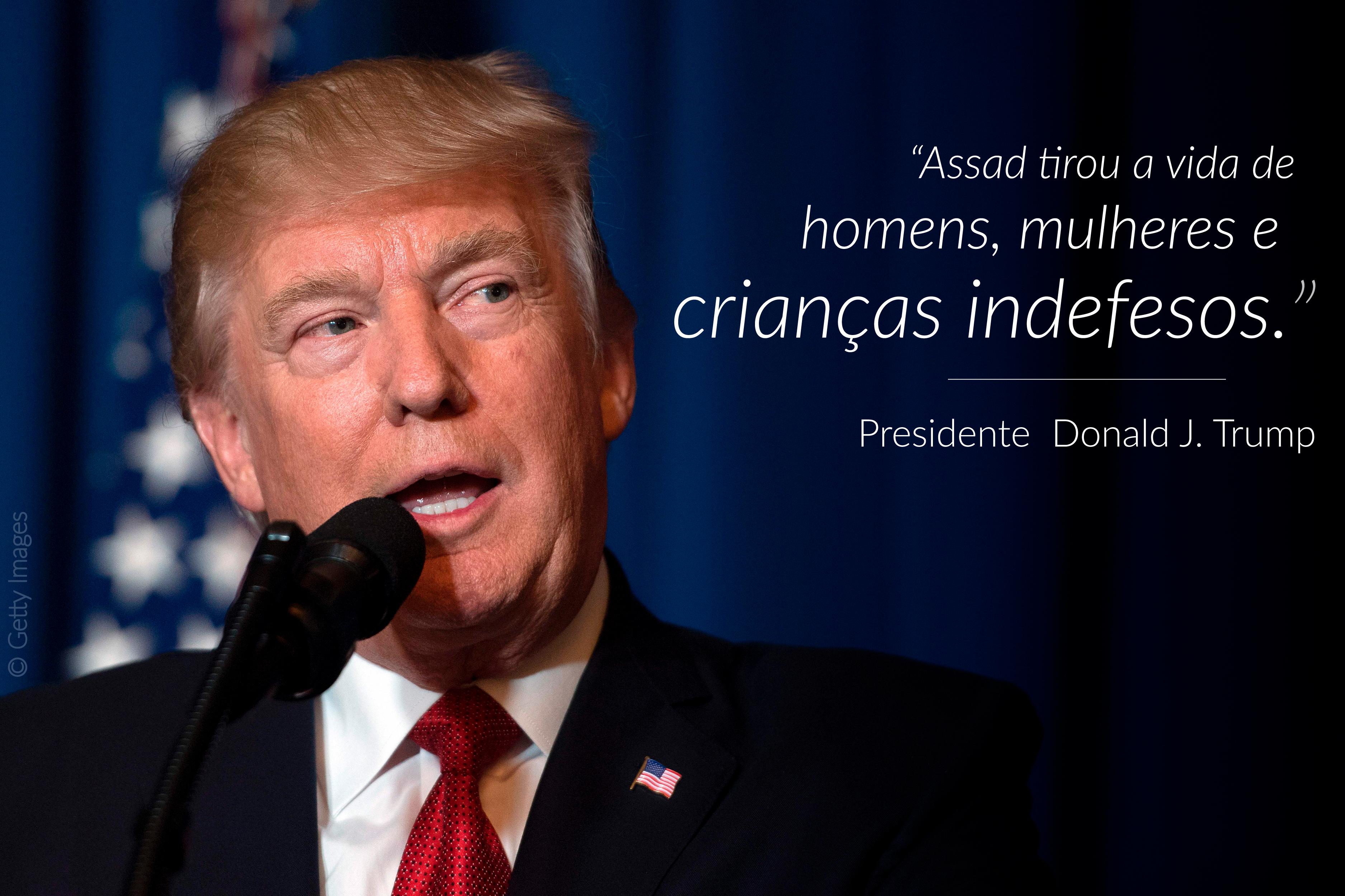 Presidente Trump falando, com citação sobreposta à direita (© Getty Images)