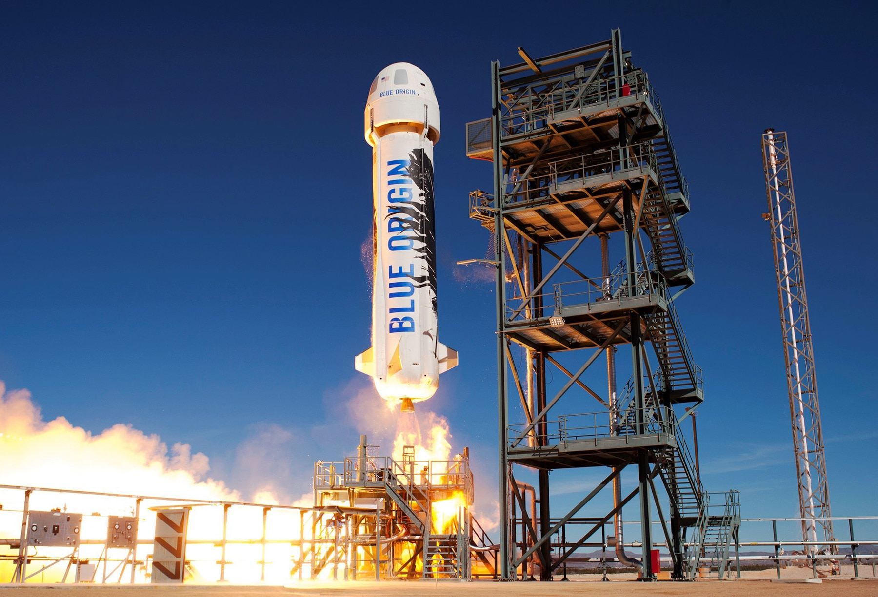 Rocket ship launching (Blue Origin)