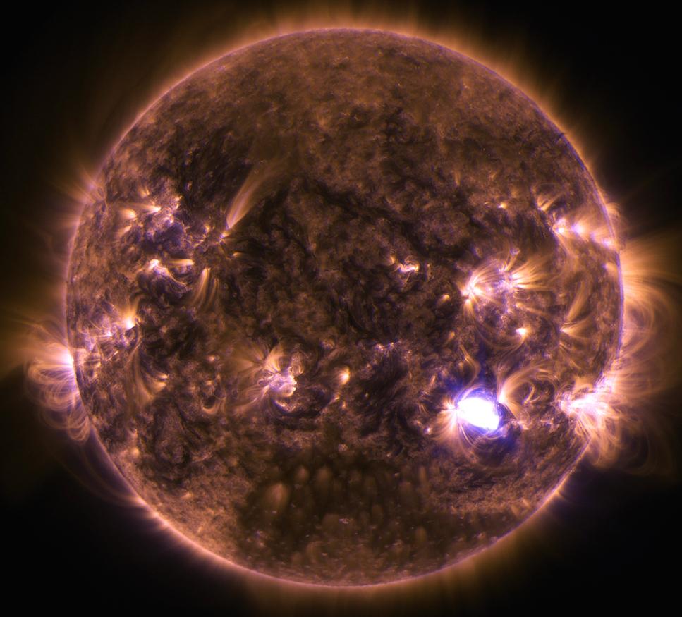 O Sol em cores artificiais (Nasa)