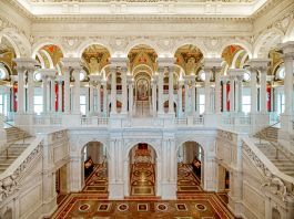 Interior view of the Library of Congress (© AP Images)