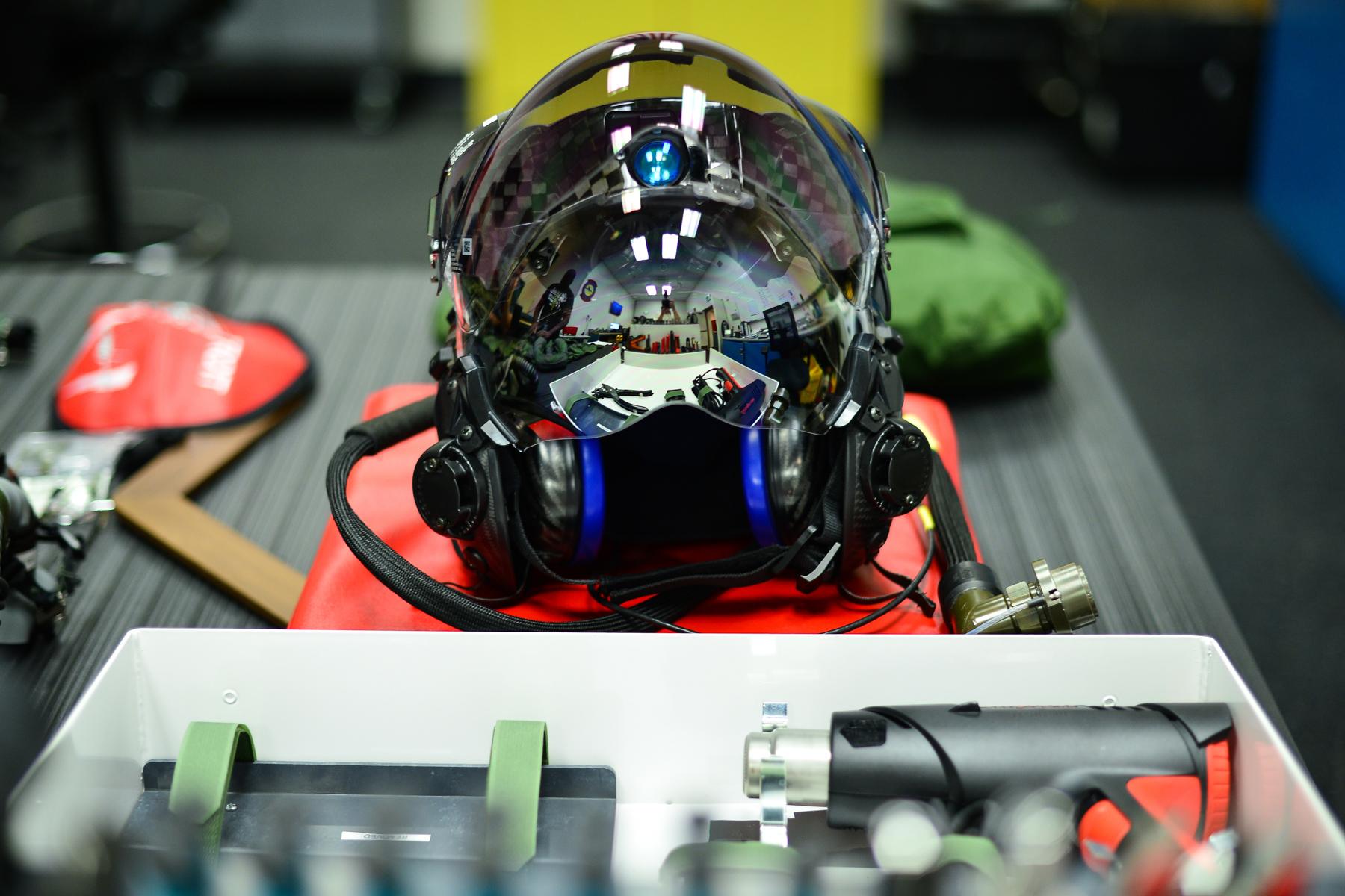 Casco (Foto de la Fuerza Aérea de Estados Unidos/R. Nial Bradshaw)
