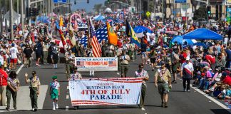 Forth of July parade (© Jeff Gritchen/Digital First Media/Orange County Register/Getty Images)