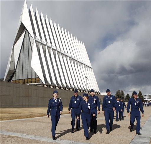 空军军校学员教堂内有供穆斯林学员礼拜的场所(照片:美联社)
