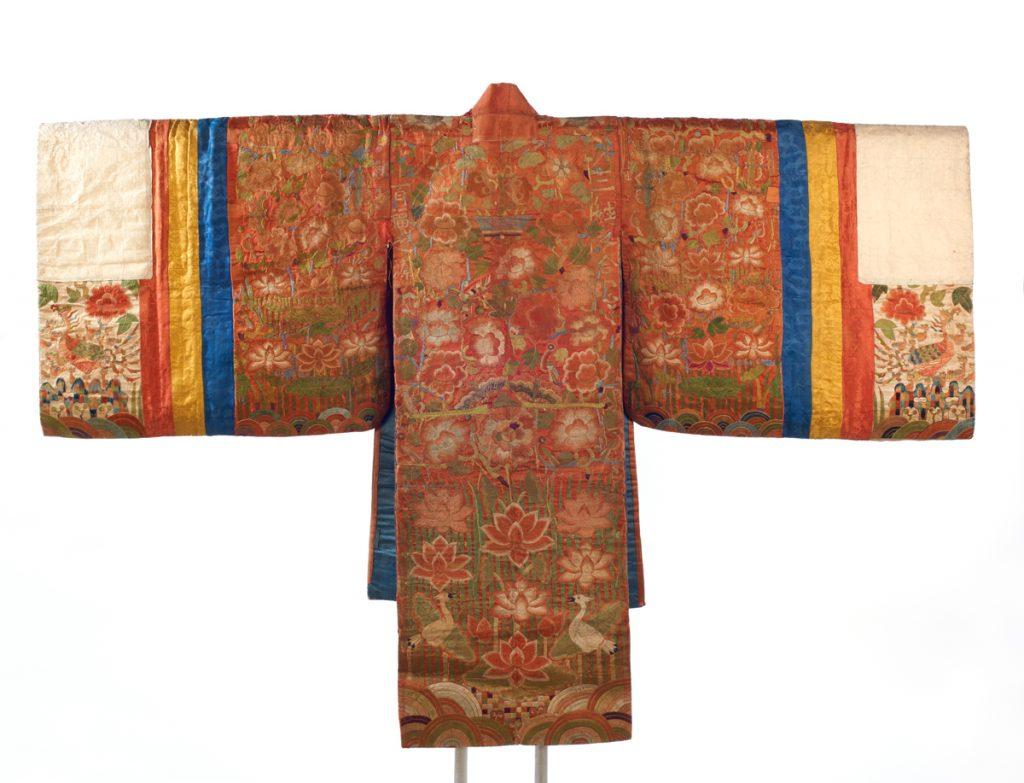 Antique Korean bride's robe (© Jonathan Dorado, Brooklyn Museum)